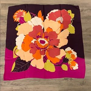 Square scarf (purple and pink)